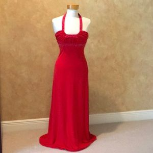 Red Sleeveless Long Gown